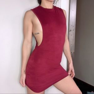 Sexy burgundy win low cut muscle fitness dress